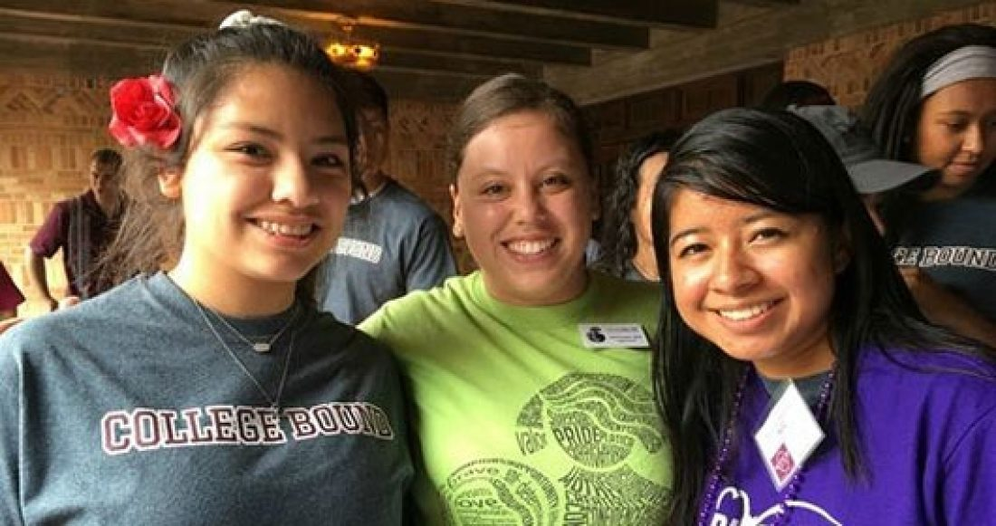 Young people working with Con Mi MADRE in Texas take steps to succeed in college starting in sixth grade.